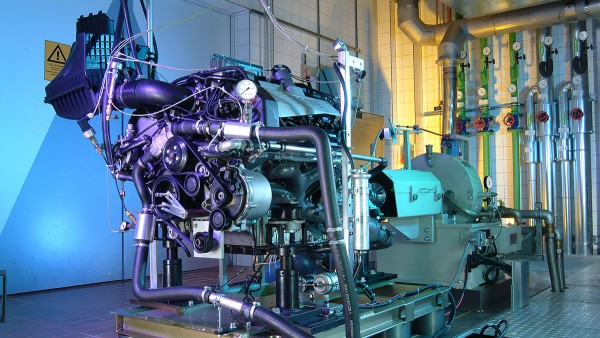 Schaeffler industry solutions for motorcycles and special vehicles: Engine test stand